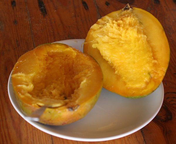 Извлечь косточку из манго