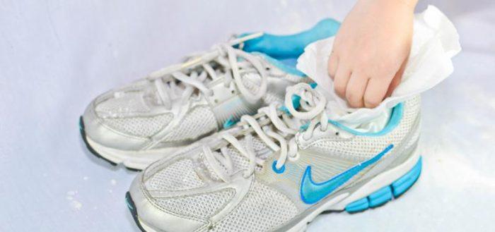 Как быстро высушить обувь