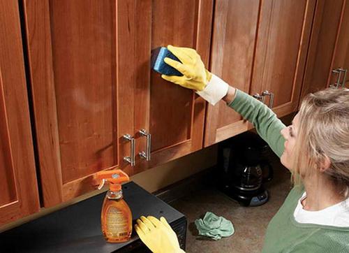 мытье шкафа