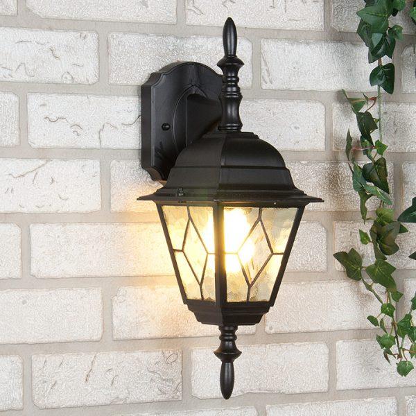 Наружный светильник