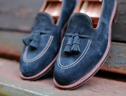 Женские туфли из велюра