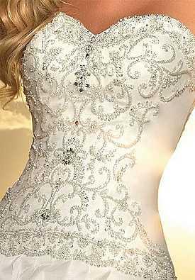 Лиф свадебного платья с декором