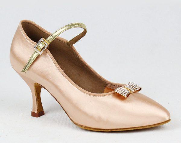 tancevalnye tufli 5 600x474 - Как растянуть туфли в домашних условиях - работа с лаковой, кожаной и другими видами обуви