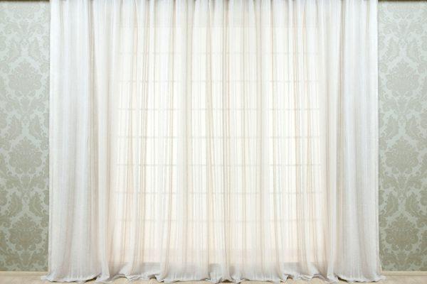 Тюль на окне