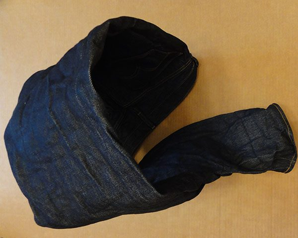 деформация джинсов после сушки на батарее