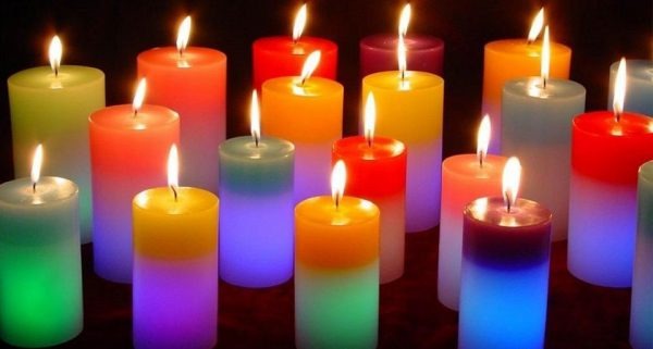Разноцветные свечи