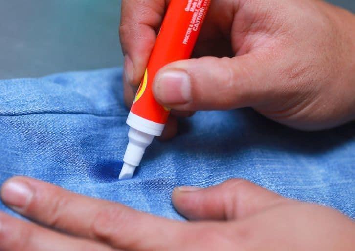 Как вывести пятно чернил ручки с джинс фото
