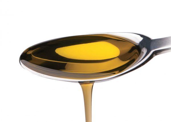 Ложка с растительным маслом