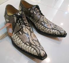 Обувь из кожи питона