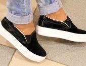 обувь с белой подошвой