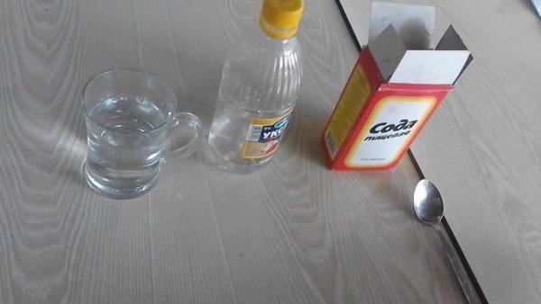 Сода, уксус, вода