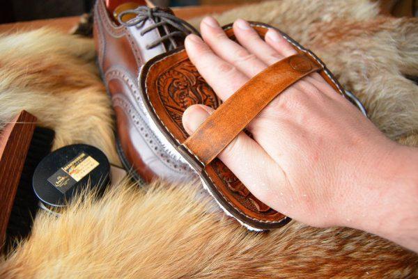 Варежка для полировки обуви