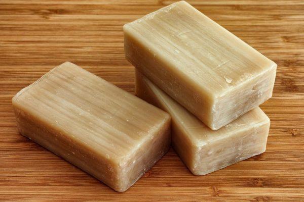 Три куска хозяйственного мыла